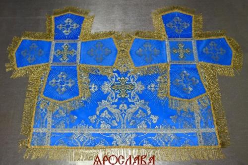 АРТ1280. Покровцы парча Слуцкий, отделка цветной галун, витая (тоненькая) бахрома.