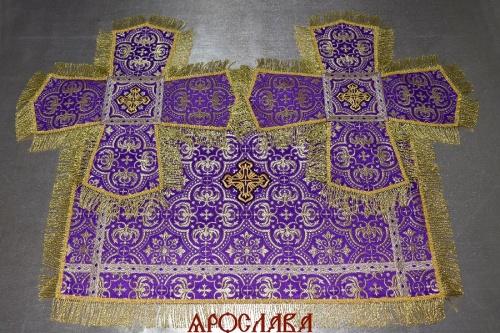 АРТ1281. Покровцы парча Василия, отделка цветной галун, витая (тоненькая) бахрома.