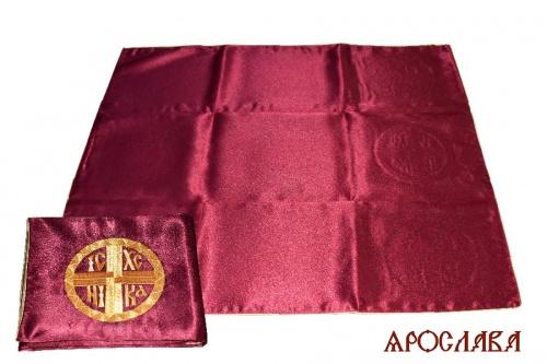 АРТ1830.Илитон на престол вышитый с печатью IC-XC Ника .Размер 80*70.Ткань бордовый креп-сатин.