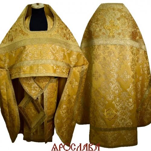 АРТ1878. Риза желтая с золотом шелк Слуцкий. Комбинированная с вышивкой рисунок Кострома: власяница, окошки епитрахили, низ набедренника. Вышивка изготовлена на однотонной парче.