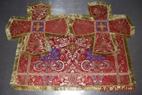 АРТ2006. Покровцы шелк Очарование,отделка цветной галун,бахрома.