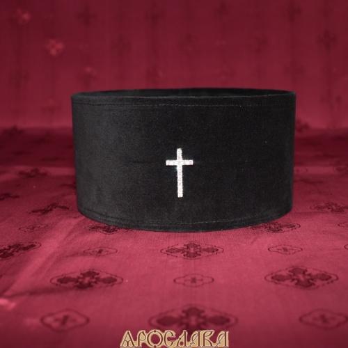 АРТ 330. Скуфия греческая,архиерейская. Ткань верха черный бархат, подклад хлопок. Крест серебряный с фианитами.