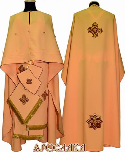 АРТ463. Риза греческий крой, желтый габардин,с кантом бордового цвета. Спереди на фелони пуговицы, для пристегивания большого свеса.