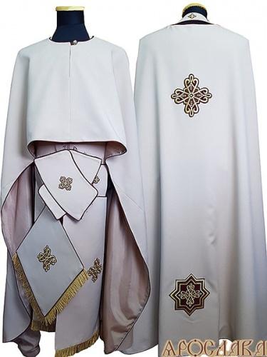 АРТ467. Риза греческий крой, бежевый габардин,с кантом бордового цвета, витая бахрома.
