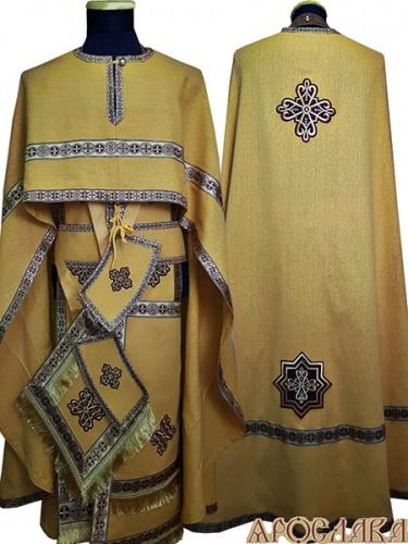 АРТ470. Риза греческий крой, желтый лен, отделка цветной галун (бордовый с золотом). На фелони дополнительный галун шириной 4см.