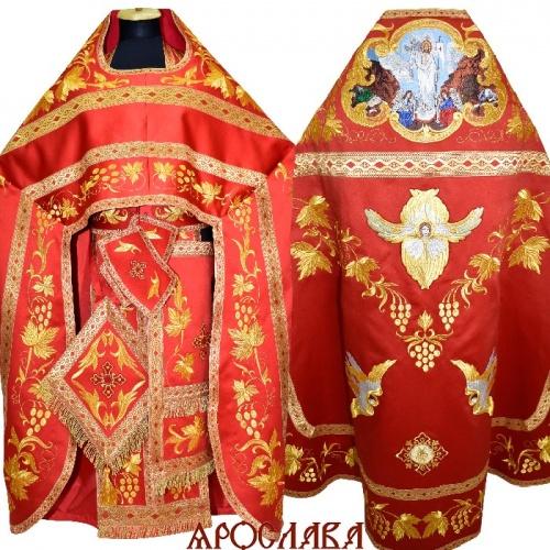 АРТ894. Риза красная  вышитая рисунок Виноградная лоза. Вышитая:власяница, внутри фелони,надставка,все мелкие детали. Большая икона Воскресение Христово.