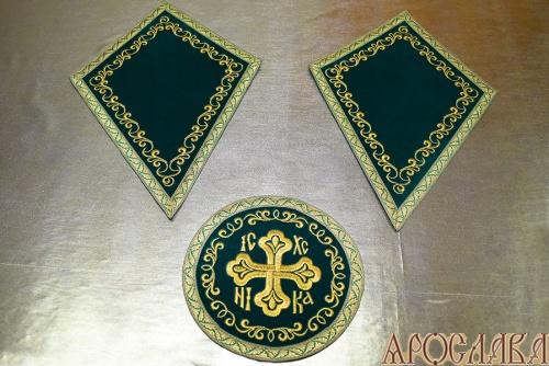 АРТ947. Платы под кресты и лампаду вышитые Ника, с галуном в цвет вышивки.