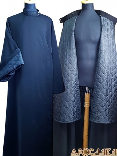 АРТ1001.Ряса русская, ткань полушерсть, утепленная синтепоном. Утеплены рукава, перед и спина ниже бедра. Вышитый ворот.