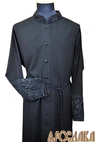 АРТ1117. Подрясник-платье основа греческая, ткань вискоза. Кант ворот, верх и низ манжета. Вышивка: ворот, манжет. Вышивка широкий рисунок.