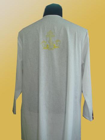 АРТ1223. Рубашка крестильная для взрослых.Ткань бязь. На спинке вышитый крест.