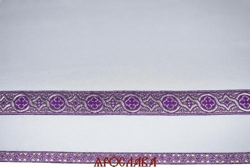 АРТ1310. Подризник с отделкой цветным галуном рисунок Орнамент (фиолетовый с серебром). Ширина галуна 1,7см и 4см.