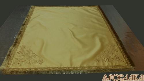 АРТ1374. Скатерть вышитая 2 фасадных угла рис.Плетеный, бахрома широкая щетка. Размер:100*90