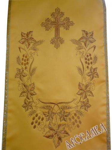 АРТ1379. Накидка на аналой с вышивкой рис.Плетеный. Отделка цветной галун, витая бахрома с двух сторон. Размер: 2*0.45