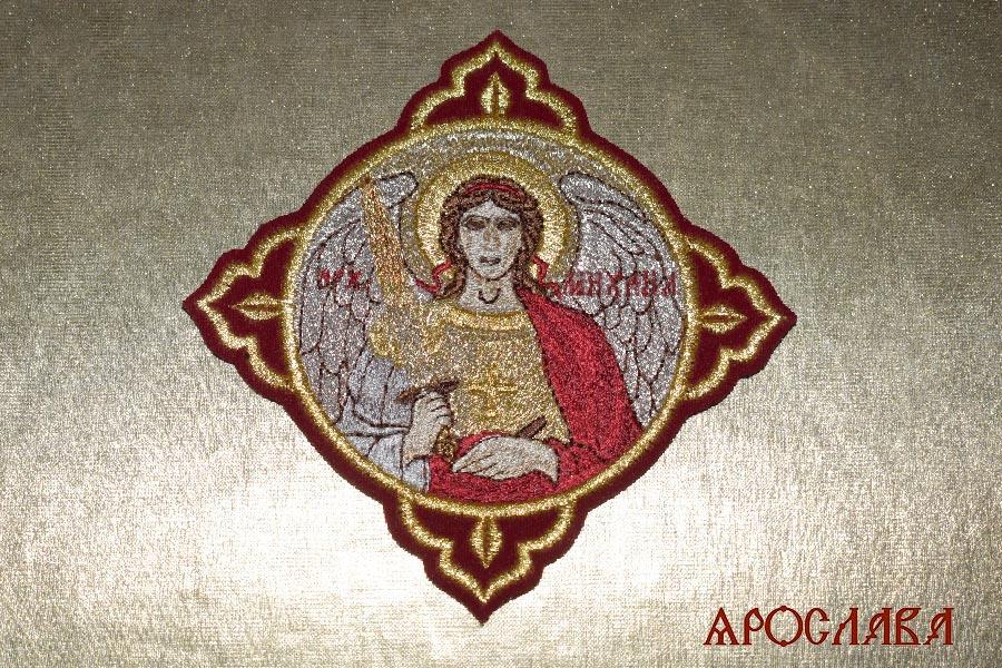 АРТ1501. Икона Архангела Михаила в кресте.