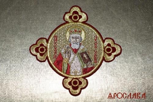 АРТ1517. Икона Святого Николая Чудотворца в кресте.