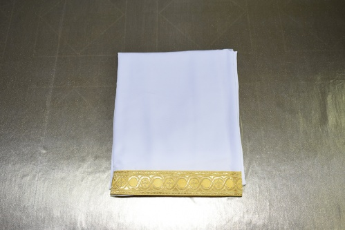 АРТ1624. Подризник с отделкой цветным галуном рисунок Горошина (цвет желтый). Ширина галуна 6см. Ткань мокрый шелк. 180/56-58