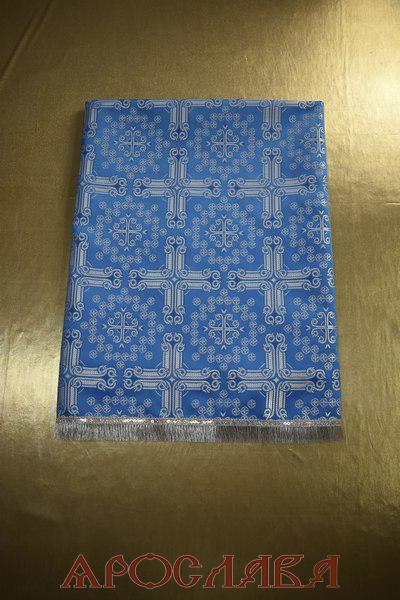 АРТ1804 Скатерть голубая с серебром шелк Подольский ,отделка бахрома щетка,без креста. Размер:145*95