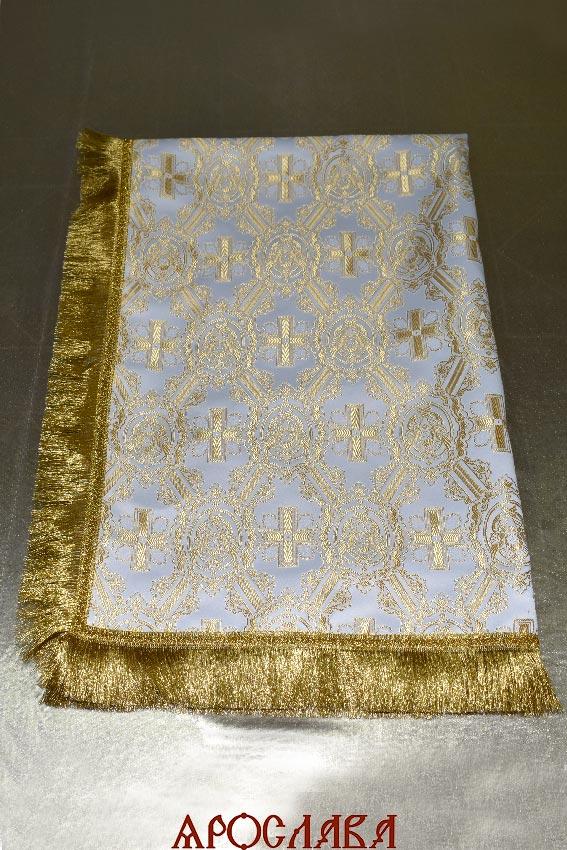 АРТ1819. Скатерть шелк , бахрома широкая щетка,крест по центру.