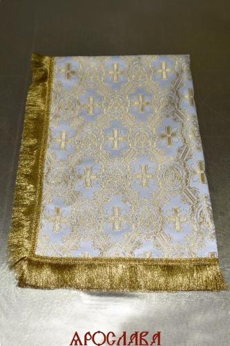 АРТ1819. Скатерть белый шелк Ангелы, бахрома широкая щетка,крест по центру.