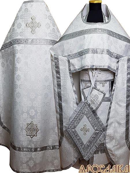 АРТ189. Риза белый с серебром шелк Вифлеем,обыденная отделка (цвет серебро).