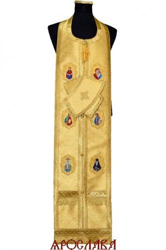 АРТ2041. Требный набор с вышитыми иконами, однотонная парча Оренбург, отделка цветной галун.
