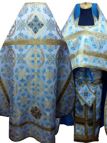 АРТ238. Риза белый с голубым шелк Карпатский,обыденная отделка (цвет золото).
