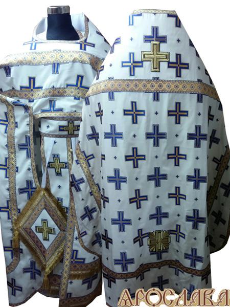 АРТ253. Риза белая с синими крестами, греческий шелк Прямой крест, отделка цветной галун (синий с золотом), витая бахрома