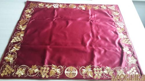 АРТ295. Илитон на престол вышитый Ника. Размер 80*70.Ткань однотонный атласный шелк.