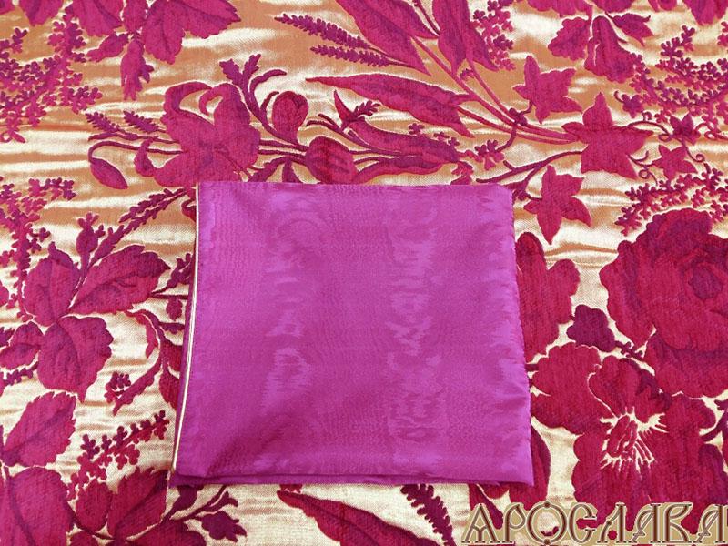 АРТ304.Илитон на престол, с золотым кантом. Ткань бордовый греческий муар. Без вышивки. Размер 80*70.