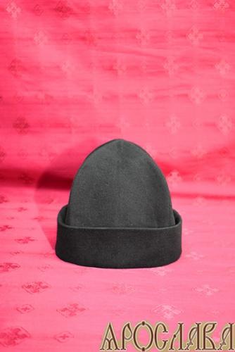 АРТ332. Скуфия русская, зимняя с отворотом. Ткань черный кашемир, утеплена шерстипоном.