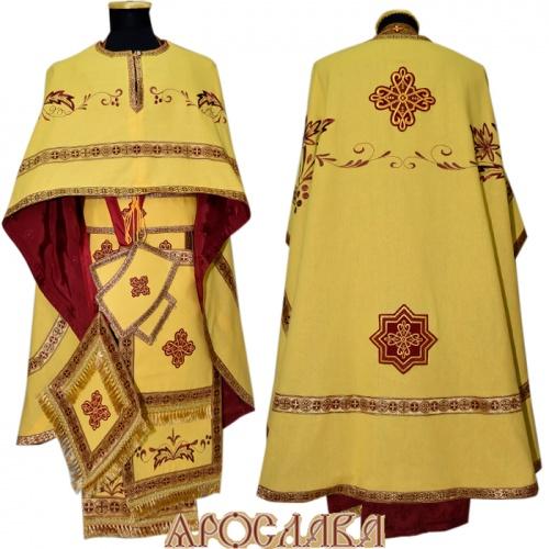 АРТ459. Риза греческий крой, желтый лен, вышивка рисунок Благородный, отделка цветной галун (бордовый с золотом). Подклад хлопок с вискозой рисунок Мелкий крест, бордового цвета. Вышивка выполнена бордовым метанитом.