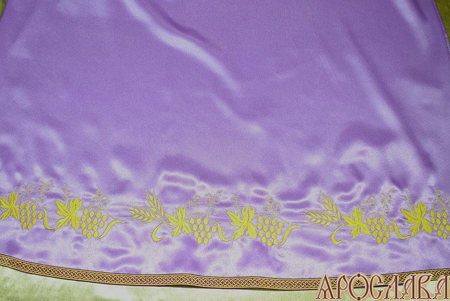АРТ586. Подризник вышитый рисунок Виноград уменьшенный. По низу цветной галун