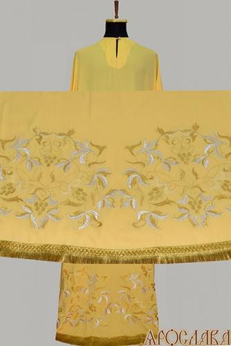 АРТ589. Подризник вышитый рисунок Изабелла. Ткань желтая.