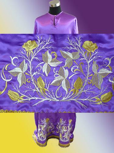 АРТ592. Подризник вышитый рисунок Терновник с розой. Ткань фиолетовая.