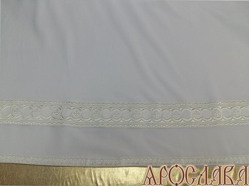АРТ605. Подризник с отделкой цветным галуном рисунок Горошина (белый с серебром). Ширина галуна 1,7см и 4см.