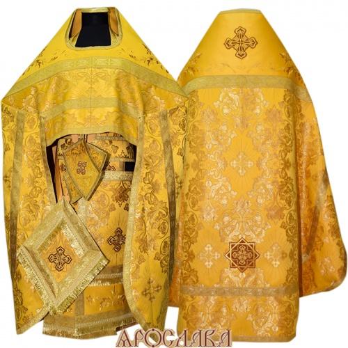 АРТ820. Риза желтый шелк Слуцкий. Комбинированная с вышивкой рисунок Благородный: власяница, окошки епитрахили, низ набедренника.