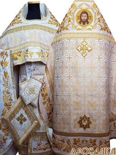 АРТ825. Риза бело-золотой шелк Кустодия. Комбинированная с вышивкой рисунок Корнилий: власяница, надставка, окошки епитрахили, низ набедренника. Вышитая икона Спас Нерукотворный образ. В звездице Ангел.