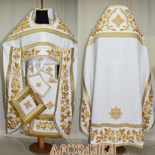 АРТ853. Риза белая с золотом вышитая рисунок Корнилий. Вышитая:власяница, надставка, окошки епитрахили, низ набедренника.