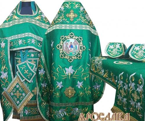 АРТ867. Комплект богослужебный, зеленый вышитый Лилия Мария. С большой иконой Святой Троицы.