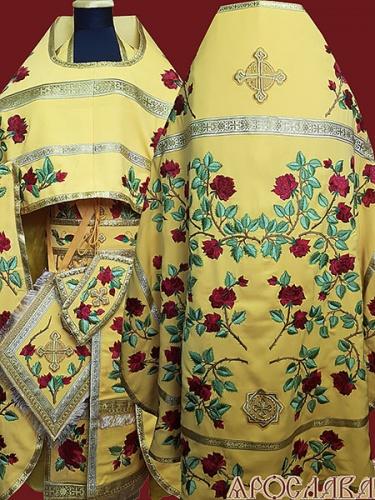 АРТ877. Риза красная вышитая рисунок Роза. Вышитая:власяница, надставка, внутри фелони, все мелкие детали.