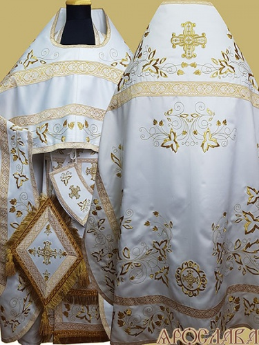 АРТ878. Риза белая с золотом вышитая рисунок Августовский. Вышитая:власяница, надставка, внутри фелони, мелкие детали полностью вышитые.