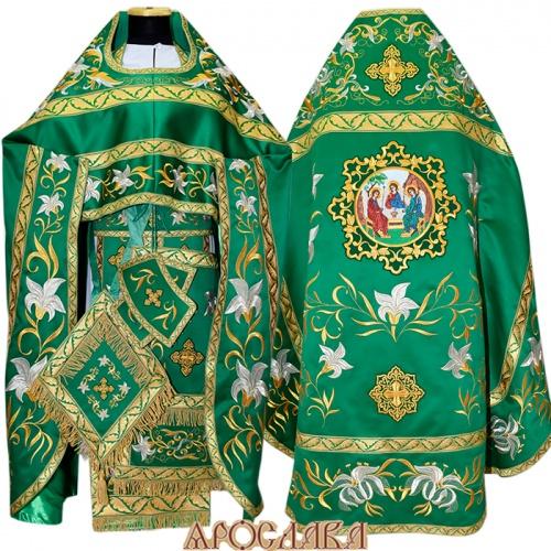 АРТ890. Риза зеленая вышитая рисунок Лилия Мария. Вышитая:власяница, надставка, внутри фелони,все мелкие детали. Большая икона Святой Троицы