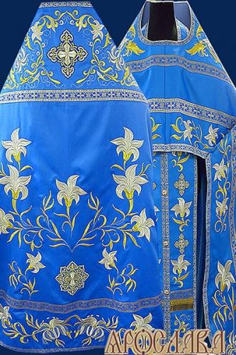 АРТ893. Риза голубая вышитая рисунок Лилия Мария. Вышитая:власяница, надставка, внутри фелони, мелкие детали полностью вышитые.